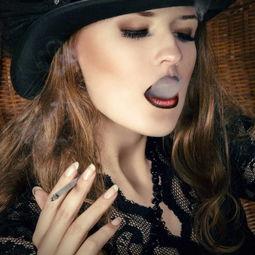 吸烟的女人图片 吸烟的性感女人素材 高清图片 摄影照片 寻图免费打包下载