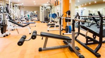 健身房里的器材怎么用