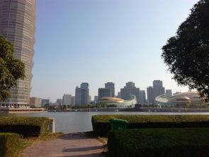 河南省郑州标志性建筑郑东新区国际会展中心,大玉米