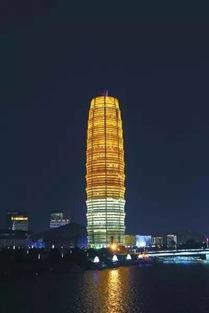 揭秘郑州地标大玉米图片141170400x599