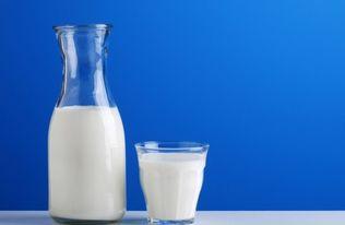 喝纯牛奶拉肚子怎么回事 喝纯牛奶拉肚子怎么办
