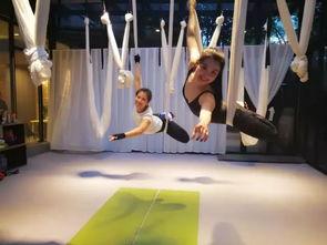 早鸟价还有3天 明星模特们的私教刘涛美丽空中瑜伽照片背后的神秘教练Kinki,现在为你带来空中地面体系快速高效塑形理疗系统课程