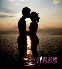 执子之手与子偕老 完美婚姻必经的7个阶段