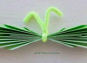 一款非常简单的折纸蝴蝶步骤图解
