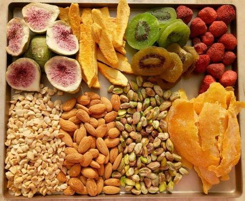 7种适合夏天晒干的水果,3种直接晒,2种腌制,2种焯水,健康好吃  被晒干的水果能吃吗