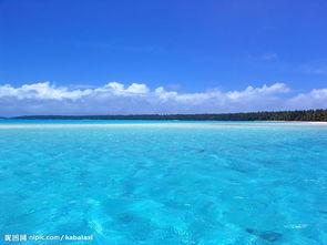 夏日海边沙滩风景图片