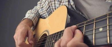 弹吉他时出现杂音怎么办