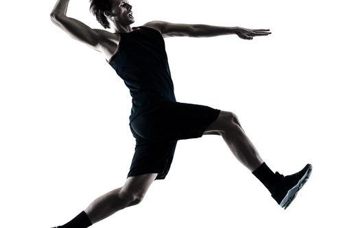 描写打篮球的动作描写_打篮球的动作描写片段