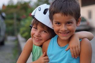10个方式,帮助你的孩子发展友情能力