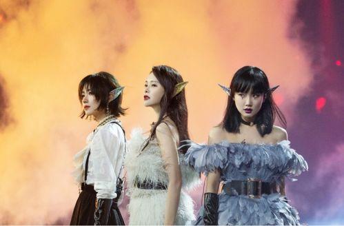 新浪娱乐讯8月28日《乘风破浪的姐姐》总决赛公演。