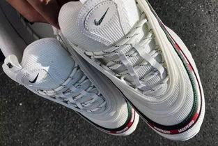 Nike 可以靠什么打败 adidas Boost K WORD