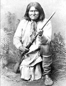 印第安人向布什追讨头骨