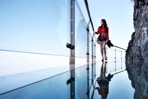挑战你的小心脏,中国最长玻璃栈道!