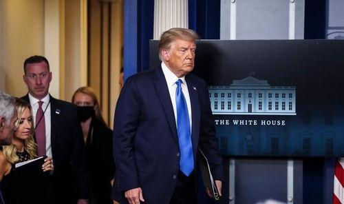 输了也不走特朗普想当白宫钉子户,民主党用烟熏他