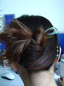 用发钗怎么盘头发