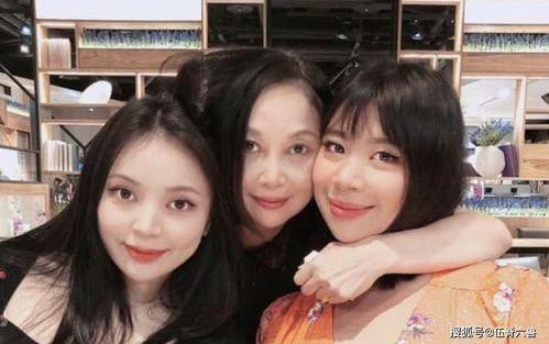 李宗盛二女难得出镜母女三人罕见同框画面养眼