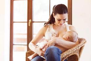 bb总爱溢奶新生儿喂养5大问题_新生儿喂养