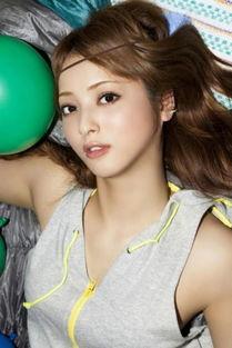 佐佐木明希jux-超人气模特连续四年被评为 日本最美面孔