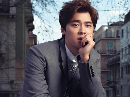 著名演员、歌手李易峰