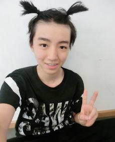 TFBOYS王俊凯办16岁生日会易烊千玺王源助阵