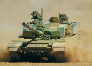 99大改坦克冲锋.