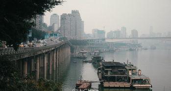 重庆重庆魁星楼原来的股票怎么不上市我在93年买了5000股,至今一奌消息也沒有,難道政府发的股票成