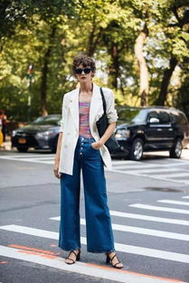 西装外套搭配牛仔裤最时髦穿搭