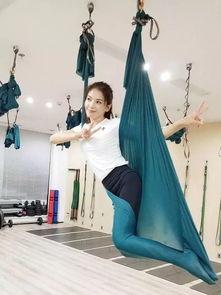 你还不知道 反重力瑜伽 吗 女神刘涛已经美到犯规