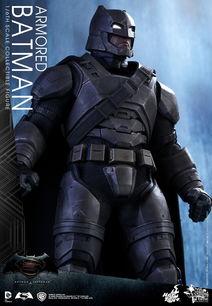 蝙蝠侠大战超人 推重甲版蝙蝠侠珍藏人偶 专利脸部互换技术 7