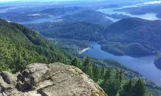 公园又死人16岁失踪少年高贵林登山失足坠亡