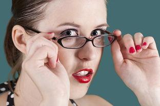 艾格眼科专家解答 角膜薄适合做近视眼手术吗