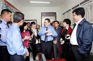 代表视察平罗县检察院驻派出所监督办公室。