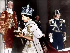 英国女王加冕王冠60年后露真容