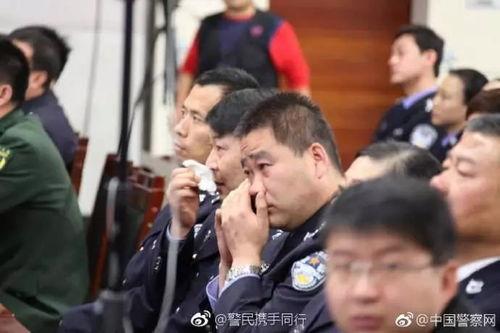 #致敬时代楷模杨雪峰#10月31日﹐杨雪峰同志先进事迹报告团走进山西省公安厅.