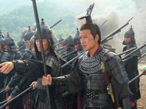 奇葩皇帝请丞相吃饭不给筷子,丞相吃完后离开,皇帝 此人留不得