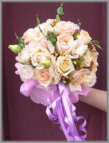 新娘手捧花每个人的梦想杂志