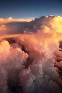 生命里,总有一朵祥云为你缭绕