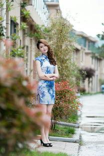 据说穿旗袍就能免门票,景区里拍到的那些旗袍美女 2