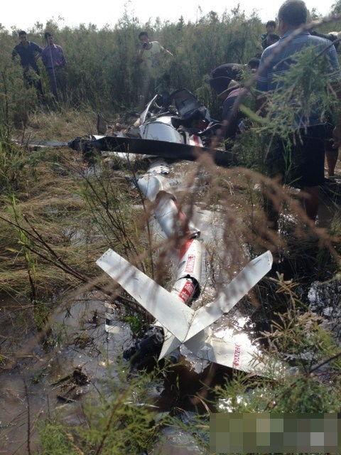 现场图片一架民用直升机在广州南沙坠毁机上2人身亡一人身首异处