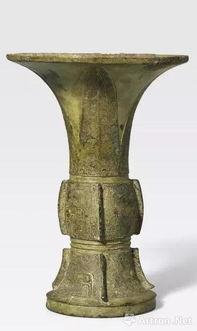 lot8012晚商安阳时期公元前十三至十一世纪青铜饕餮纹出戟觚《册子朱皿》款高:17.4cm估价:40,000-60,000美元成交价:143,000美元