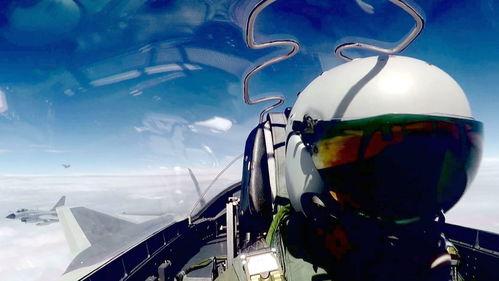 中国空军歼20战机首次开展海上方向实战化训练
