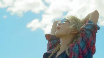 求金泰妍MV why 里的图片特写,越多越好要这样的
