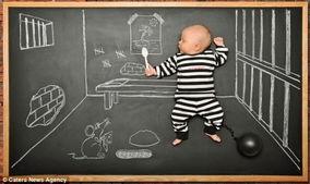 摄影师为儿子拍奇幻 黑板历险记