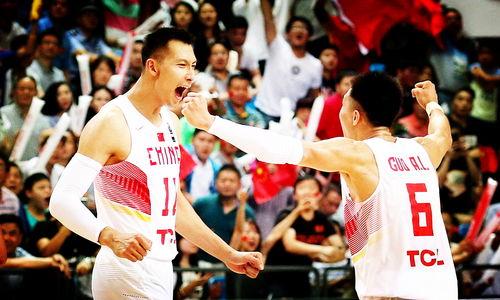 中国男篮历史首发5虎易建联力压王治郅,郭艾伦入选引争议