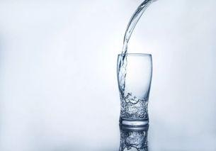 常用知识4. 不能喝的几种水  那种矿岩层水不能喝
