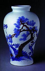 清雍正青花釉里红松竹梅纹瓶