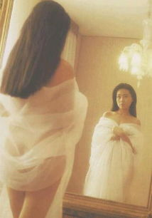 叶玉卿复出痛哭 曝李丽珍 蜜桃成熟时 裸照