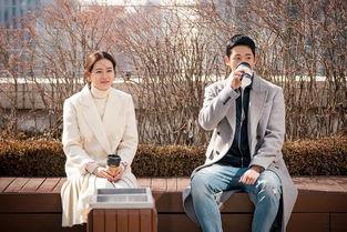情人节撒糖孙艺珍丁海寅主演经常请吃饭的漂亮姐姐首张剧照公开