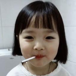 如何画一个萌萌哒的小女孩