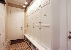 进门鞋柜带玄关衣柜